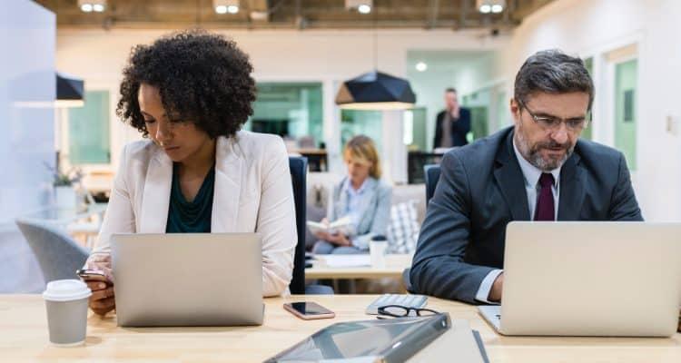 Cara Menjaga Hubungan Harmonis antar Karyawan di Perusahaan Anda