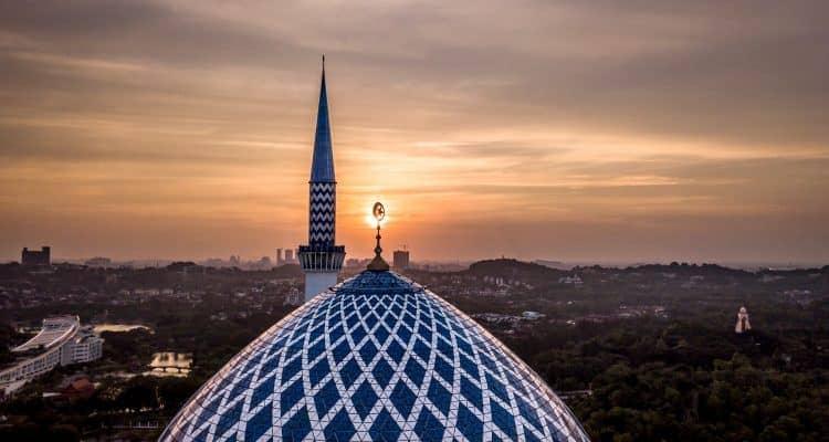 Asuransi Syariah: Menawarkan Keuntungan Lebih Baik dari Konvensional