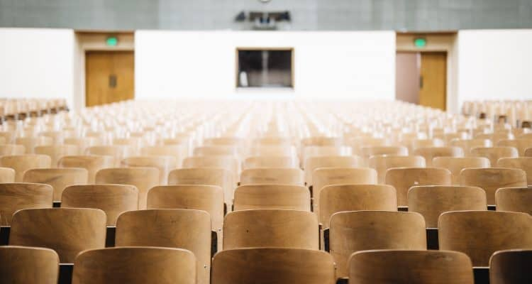 Survei Terbaru Biaya Pendidikan Sekolah Dasar di Jakarta