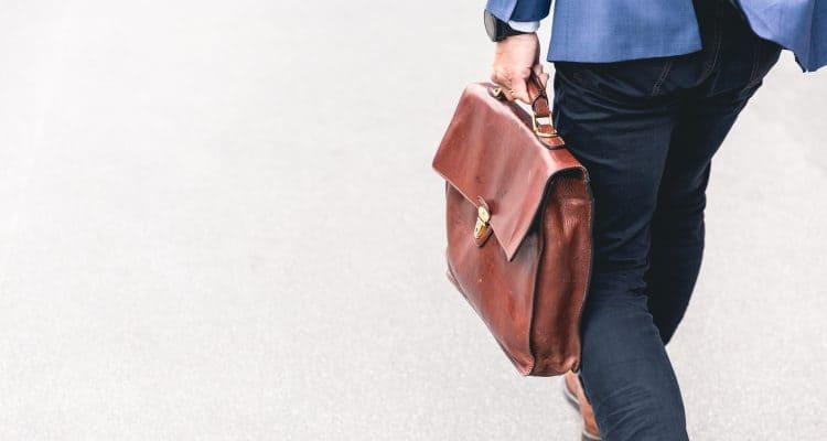 4 Cara Menghadapi Turunnya Harga Investasi Reksadana