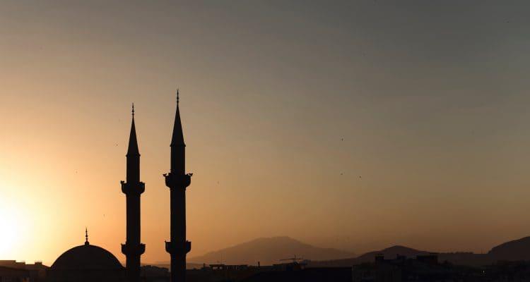 7 Pinjaman Syariah Online Terbaik (Dana Syariah Terdaftar OJK)
